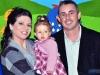 Luiza com os pais Sérgio Adolfo e Viviane