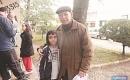 Ernesto com seu pai Osmar. Foto: Tatiane Dornelles/AP