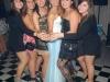 Andressa junto a sus amisgas , unidas con toda la alegría de los 15 años